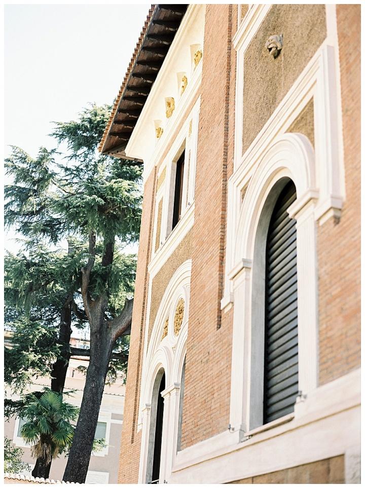 villa clara in rome, the perfect wedding venue for intimate weddings